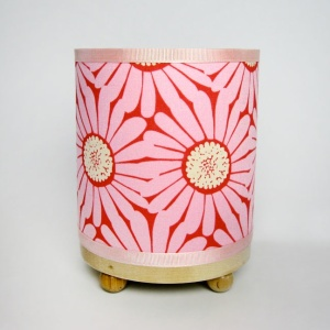 #pink splash daisy mini lamp